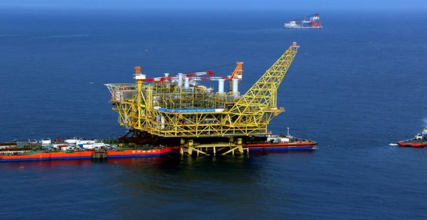 A drilling rig and a platform offshore China